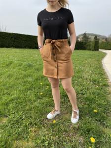 Jupe courte droite suédine femme