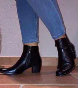 Bottines noires cuir avec clous