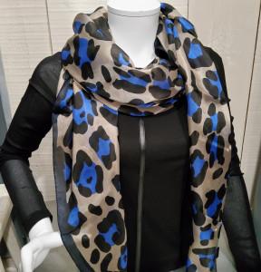 Foulard soie imprimé léopard