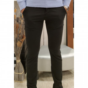 Pantalon chino noir slim