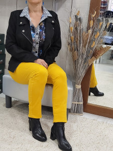 Pantalon jaune coupe jean
