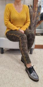 Pantalon kaki imprimé palmettes